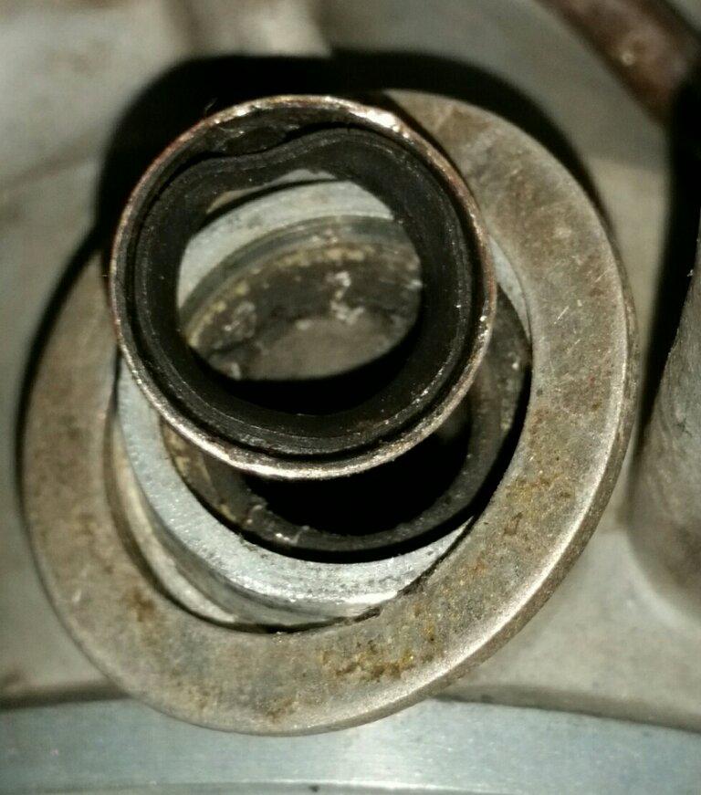 71XS1B-Carbs-Seals03.jpg