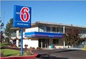 motel-6-300x207.jpg