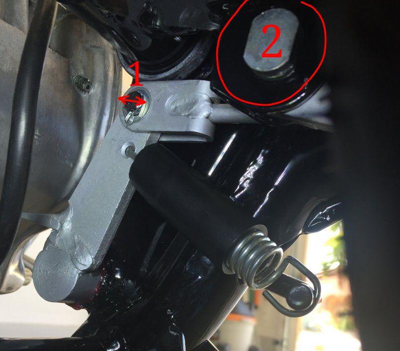 XS2-RearBrakeShaft01b.jpg