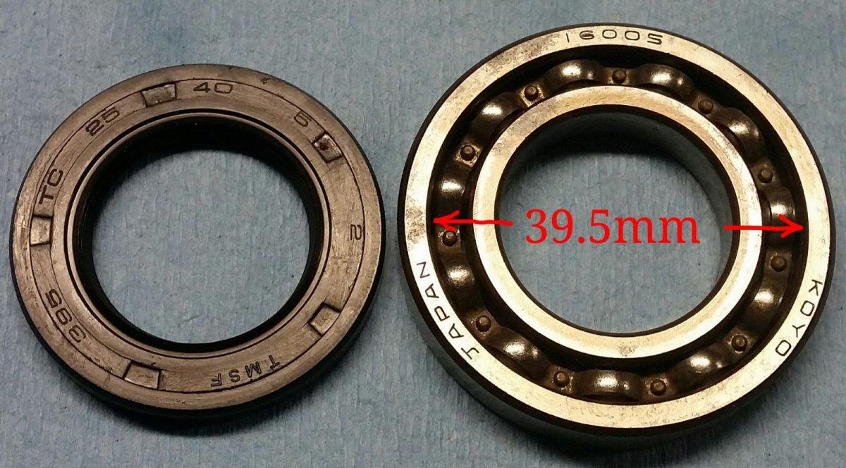 XS650-CamshaftOilSeal-01.jpg